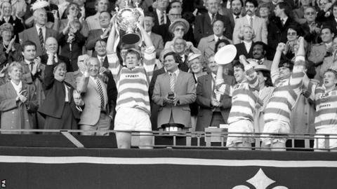Wigan captain Graeme West lifts the 1985 Challenge Cup