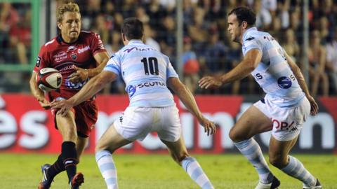 Jamie Roberts (right) made his Racing Metro debut in their 41-14 Top 14 defeat at Toulon