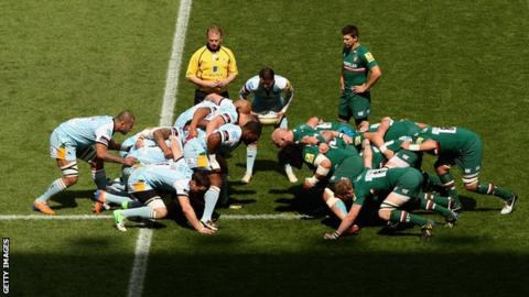 Northampton and Leicester prepare for a scrum