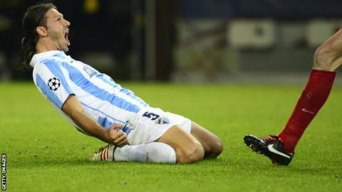 Martin Demichelis: Manchester City sign Atletico Madrid defender