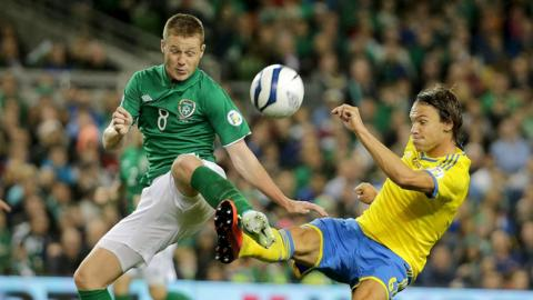 James McCarthy and Albin Ekdal in action as Sweden beat the Republic of Ireland 2-1 in Dublin