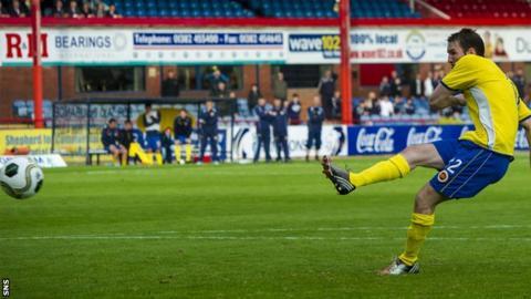 Sean Lynch's penalty
