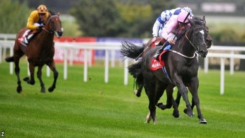 The Fugue ridden by William Buick races clear