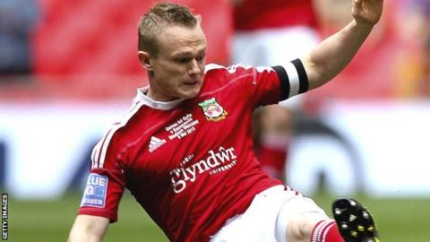 Dean Keates in action for Wrexham