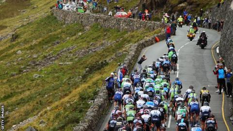 The peloton make their way up Pen-y-Pass during stage four of the Tour of Britain from Stoke on Trent to Llanberis