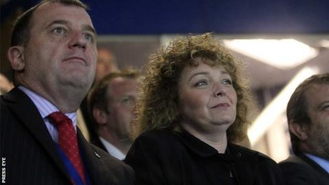 Sports Minister Caral Ni Chuilin with Irish FA chief executive Patrick Nelson