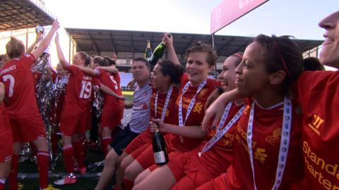 Liverpool ladies celebrate winning the WSL title