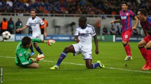 Ramires of Chelsea scores the opening goal during the UEFA Champions League Group E Match between FC Steaua Bucuresti and Chelsea