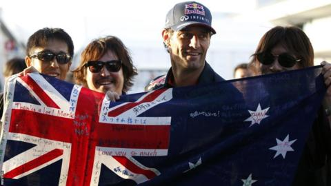Mark Webber alongside his Japanese fans