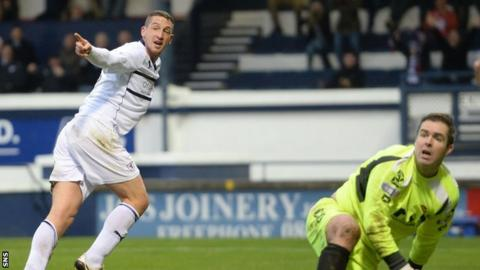 Calum Elliot celebrates scoring Raith's second goal against Annan