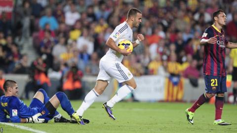 Real Madrid substitute Jese Rodriguez caused some nerves in the Nou Cam crowd as he shot underneath Barcelona goalkeeper Victor Valdes on the 90-minute mark to make the score 2-1.