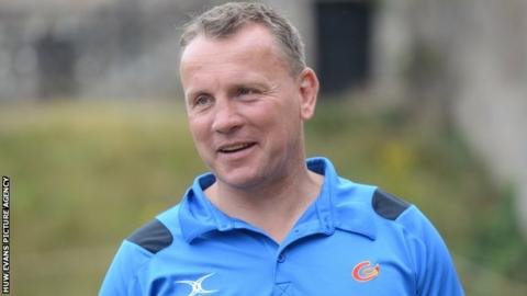 Dragons assistant coach Kingsley Jones