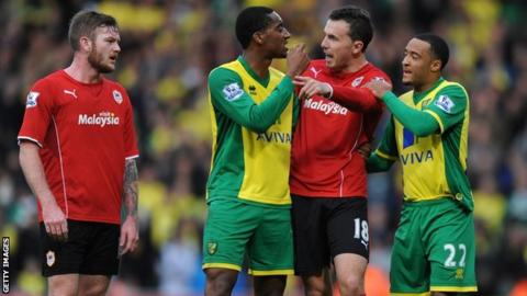 Norwich City and Cardiff City players argue after Leroy Fer's disallowed goal