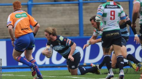 Kristian Dacey gives Cardiff Blues an early lead over visitors Treviso in the Pro12