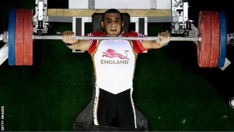 British IPC powerlifter Ali Jawad in action in Delhi in 2010