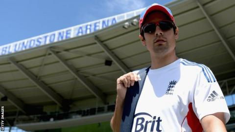 Ashes 2013-14: Alastair Cook not fazed by Shane Warne criticism