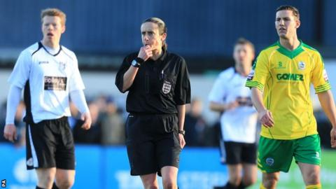 Amy Fearn has become the first female to referee an FA Cup game