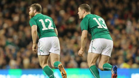 The world's joint most capped centre partnership Gordon D'Arcy and Brian O'Driscoll in action on Saturday night
