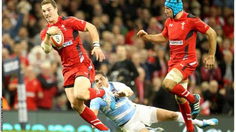 Wales George North