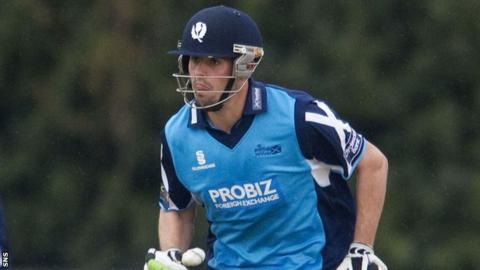 Calum MacLeod scored 82 not out