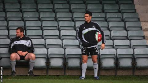 Tony Woodcock and Dan Carter
