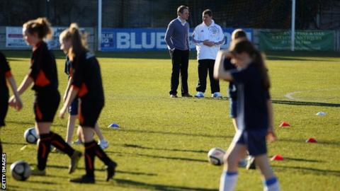 A new coaching scheme is launched for girls and women