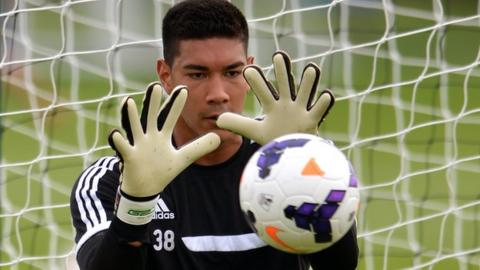 Fulham keeper Neil Etheridge