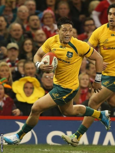 Israel Folau goes over in response for the Wallabies