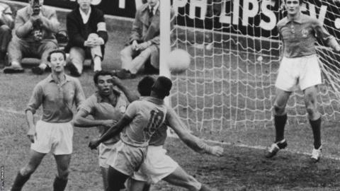 The Top Star ball was one of 102 models submitted by manufacturers for the 1958 World Cup in Sweden. The ball had 24 panels and it was this difference that set it out from many other designs. The ball used in Brazil's victory in the final over the host nation was taken from the referee by Brazil's masseur and hidden in the dressing room. It now has pride of place at the Brazilian FA in Rio de Janerio.