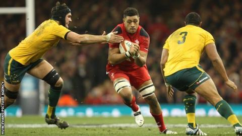 Wales' Toby Faletau in action against Australia