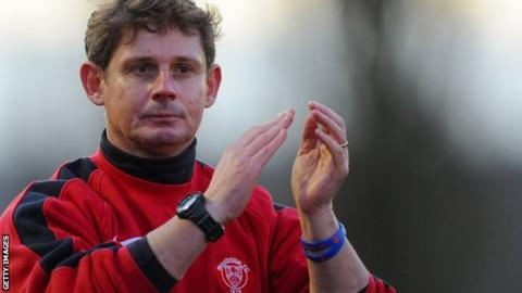 Stourbridge boss Gary Hackett