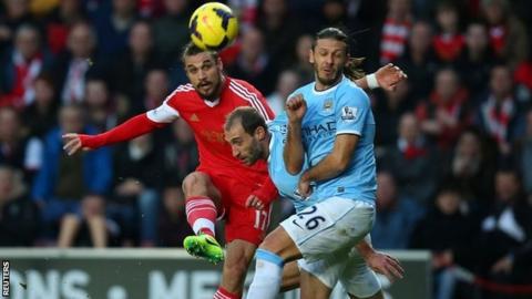 Dani Osvaldo scores for Southampton