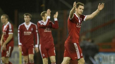 Aberdeen celebrate at full-time