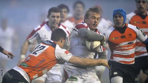 Luke Marshall in action for Ulster against Treviso