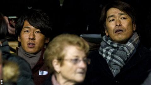 Hiroki Yamada (left)