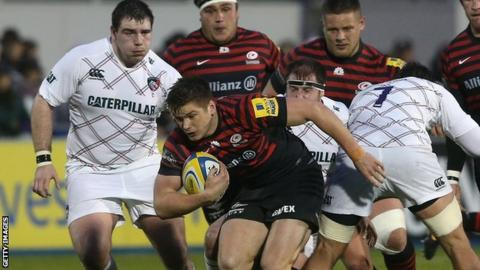 Saracens fly-half Owen Farrell makes a break in his side's convincing win over Leicester