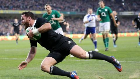 Ryan Crotty breaks Irish hearts as he goes over for an injury-time try to deny the Dublin hosts a first ever victory over New Zealand.