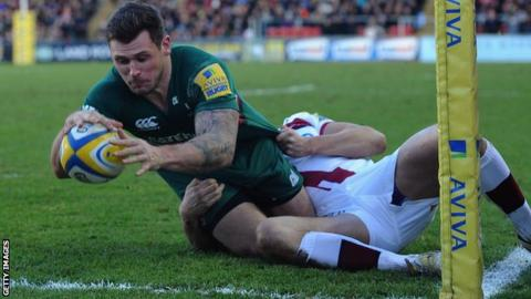 Alex Thompstone holds off Charlie Ingall to score Leicester's second try