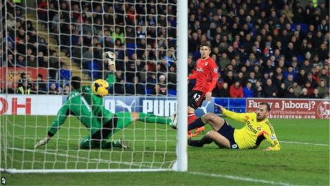 Sunderland's Steven Fletcher began the fightback against Cardiff