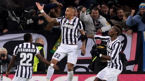 Arturo Vidal celebrates scoring Juventus' opener