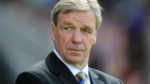 Shrewsbury Town manager Graham Turner