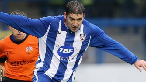 Stephen Carson in action for Coleraine