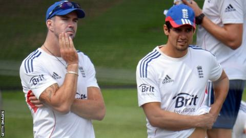 Kevin Pietersen: Alastair Cook will not be drawn on batsman's future