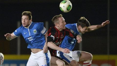 Linfield v Crusaders action