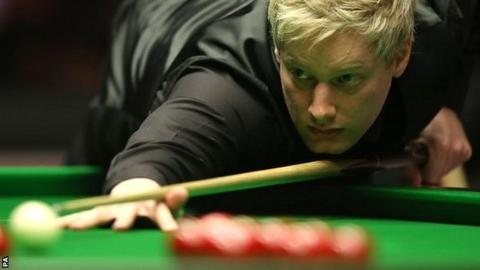 Neil Robertson in action against Mark Allen