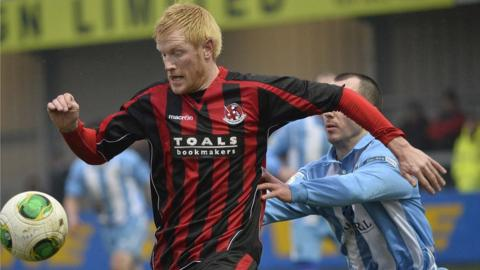 Former Northern Ireland striker Andy Smith is back in the Irish League having recently signed for Crusaders