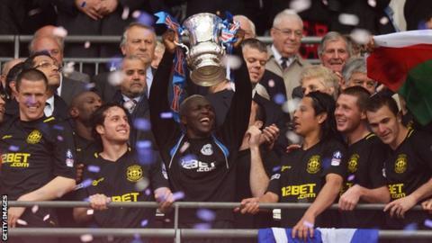 Wigan celebrate winning the FA Cup in 2013