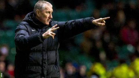 Hibernian manager Terry Butcher