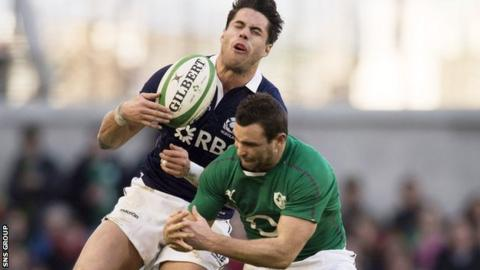 Sean Maitland and Dave Kearney joust for the ball in Dublin