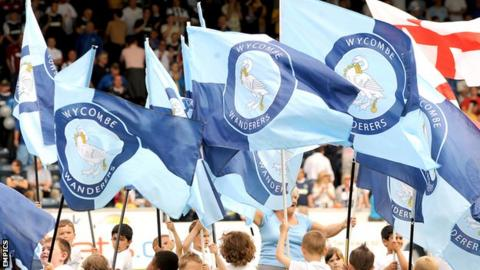 Wycombe Wanderers flags